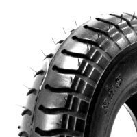 Black Tyre - Lug Tread.jpg